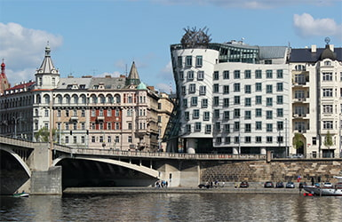 архитектура танцующего дома eurostudy
