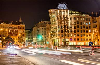танцующий дом в Праге eurostudy