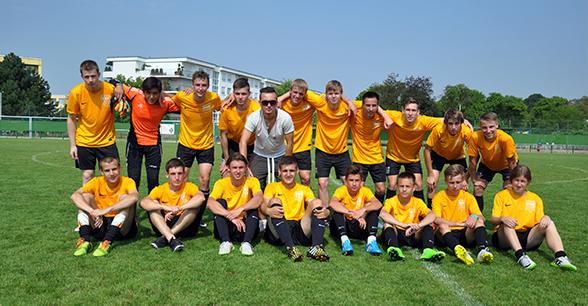 Академия футбола в Праге eurostudy