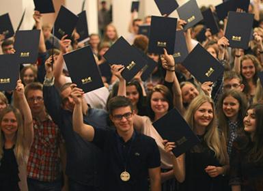 выпускной студентов eurostudy