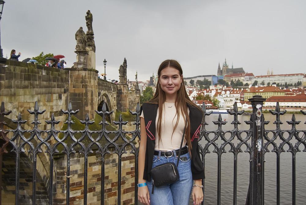 поступить в Чехию